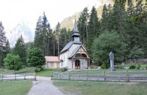 Chiesa Lago Braies